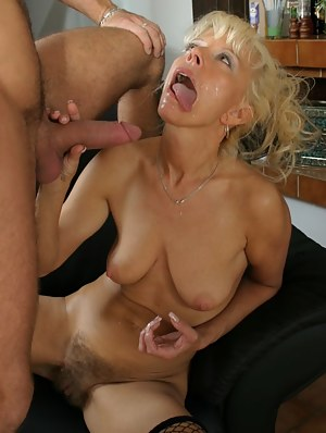 Free Cum on MILF Face Porn Pictures