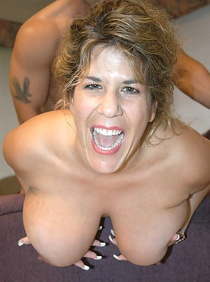 Free MILF Screaming Porn Pictures