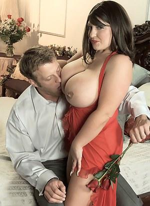 Free Romantic MILF Porn Pictures